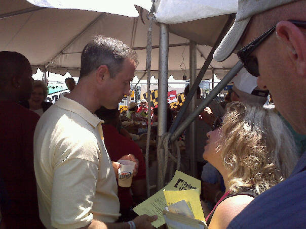 Just to prove Governor O'Malley was at the Tawes Crab and Clam Bake, Julie Brewington passed along this picture. The Governor is on the left.