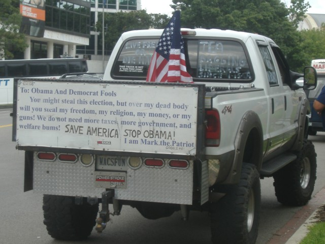 Here's someone who doesn't mind making his truck unique for a cause.